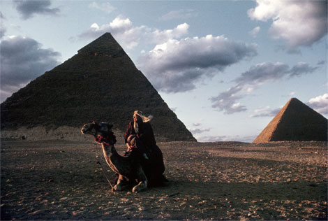pyramids-conger