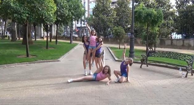 vanilla_dancers
